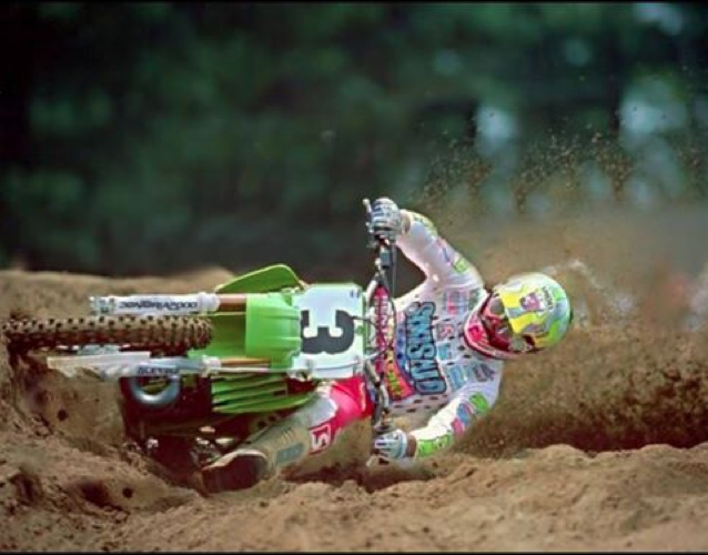 Jeff Ward getting it done in the mid-90s… bar draggin never gets old!