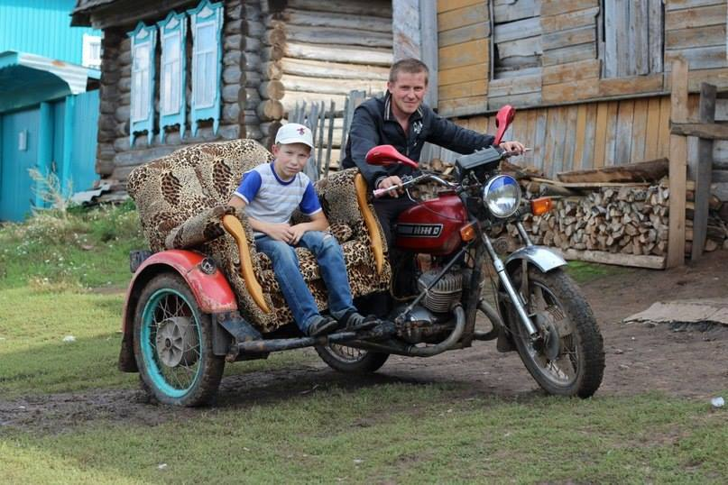 This kid is styling!  (Somewhere in Russia).