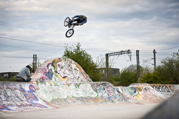Greg Illingworth putting the motocross back into BMX. Vote for team Fox to win Ride To Glory right  here !