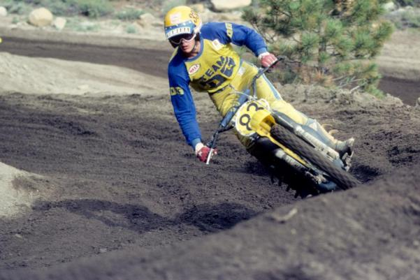 Got a serious soft spot for old school moto snaps. Love it!