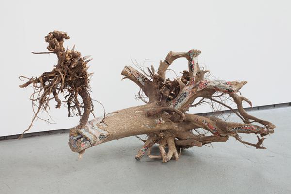 Lorna Williams-things fall apart-2013-mixed media-33x62x39.jpg