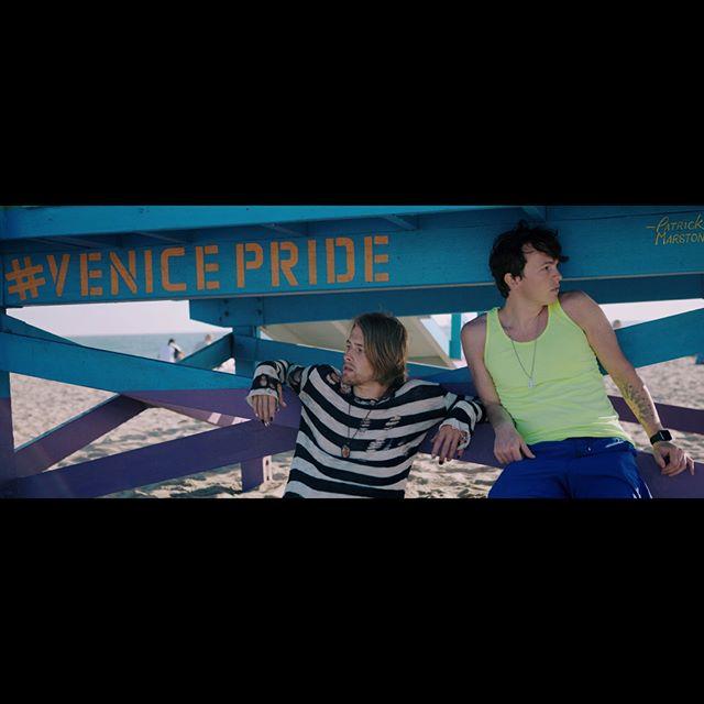 ️🌈 ⛱ : @westmorelands_ . . . . . . #polysexual #pansexual #bitcoin #demisexual #love #spiritguides #bisexual #venicebeach #pride #pride2018 #friend #lgbtq #fullframe #travel #venicepride #1212 #virgo #virgoseason #prideparade #soulconnection #ven