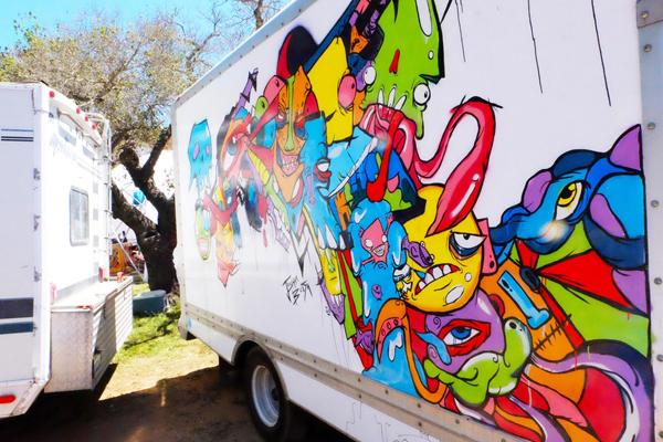 truckside2-2.jpg