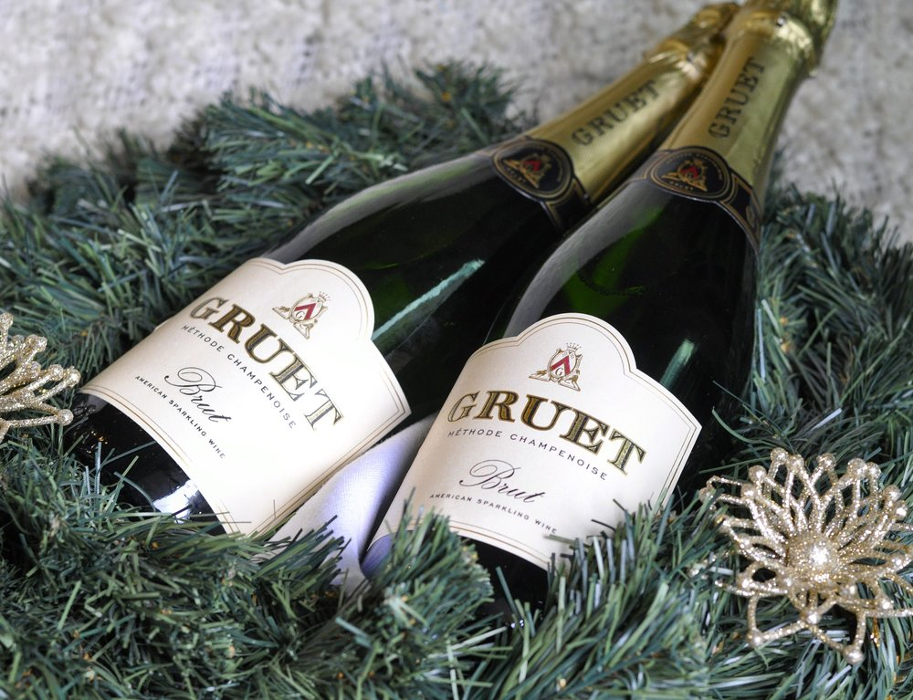 Foodie Gift Ideas | Gruet Sparkling Wine | coupleinthekitchen.com
