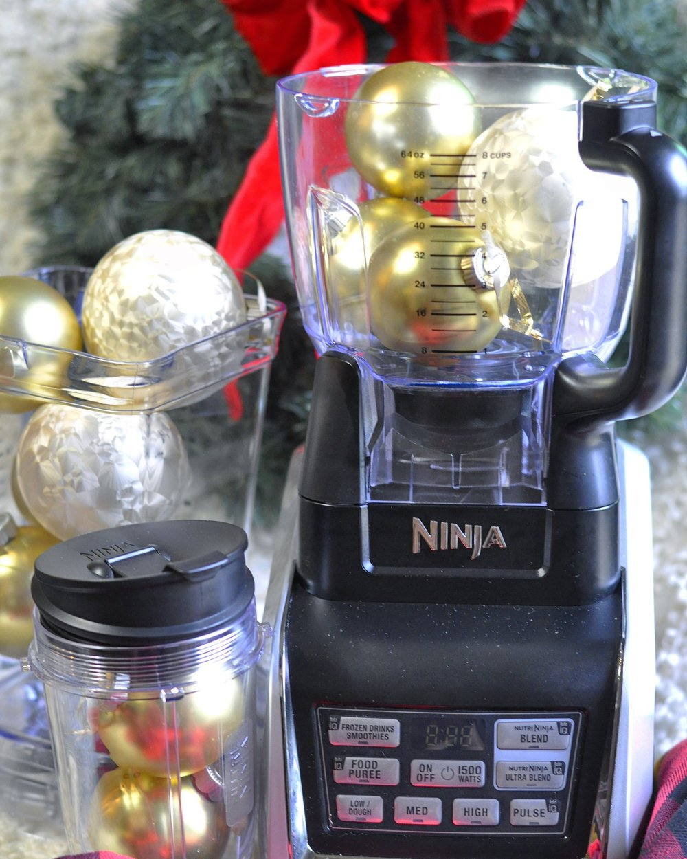 Foodie Gift Guide | Nutri Ninja Blender | coupleinthekitchen.com