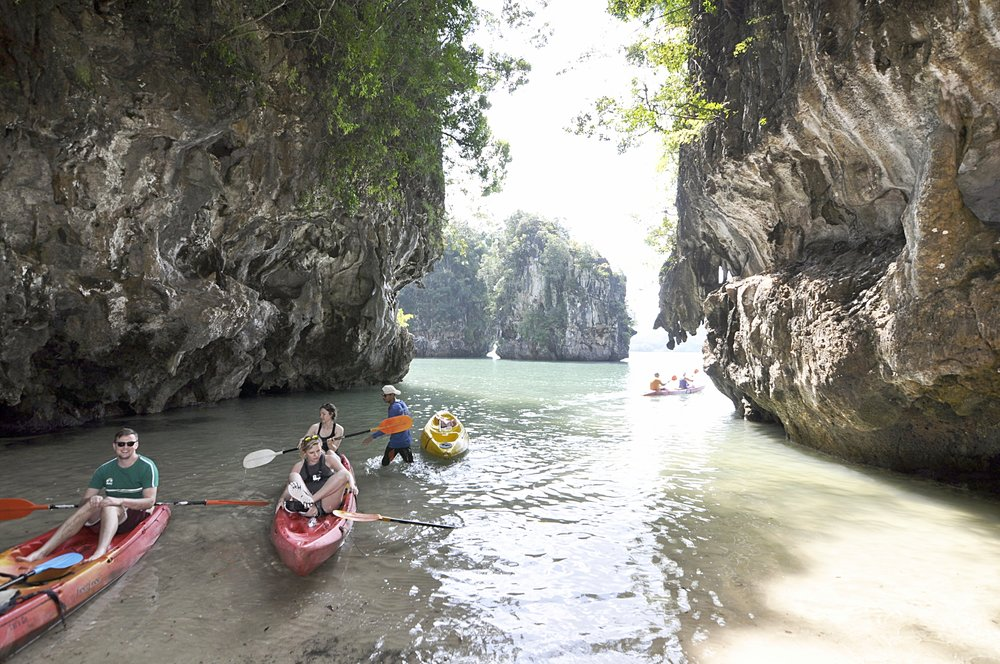 What to do in Krabi, Thailand | Kayaking | coupleinthekitchen.com