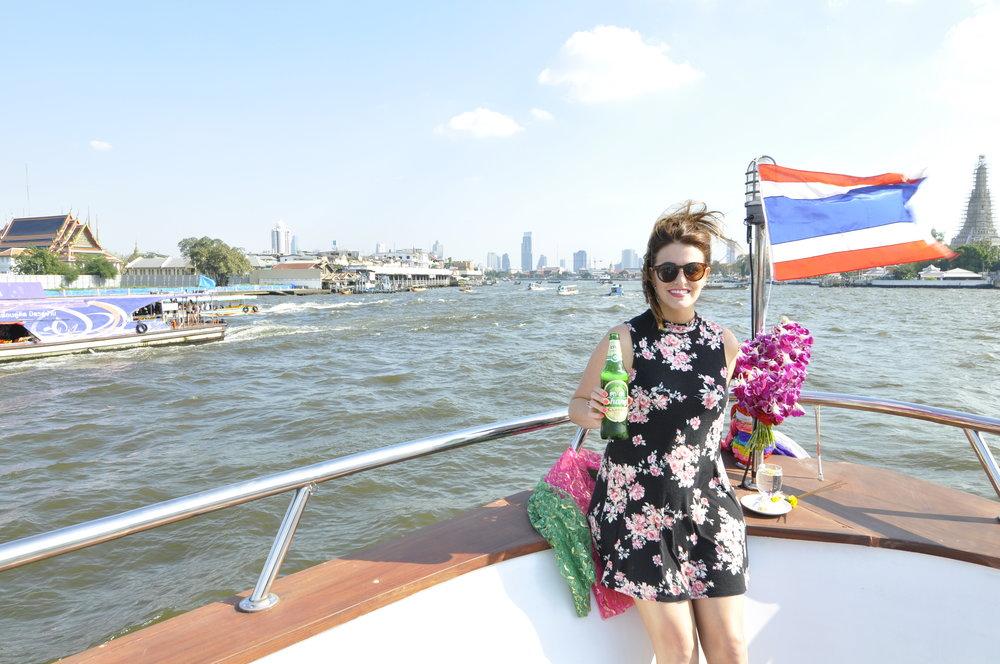 Bangkok River Cruise | coupleinthekitchen.com
