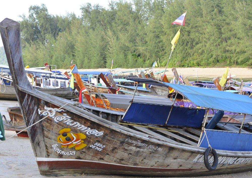 Getting around in Thailand | coupleinthekitchen.com