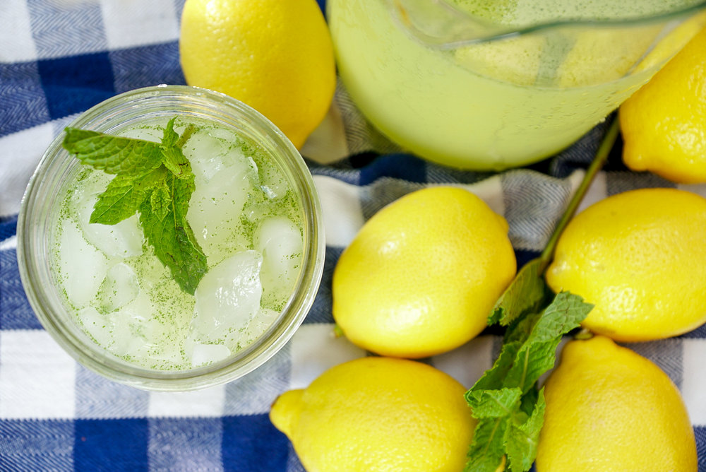 Mint Lemonade | coupleinthekitchen.com