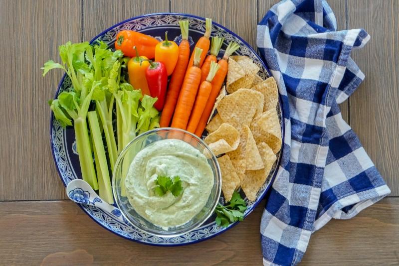 Avocado Jalapeno Veggie Dip with Greek Yogurt | coupleinthekitchen.com