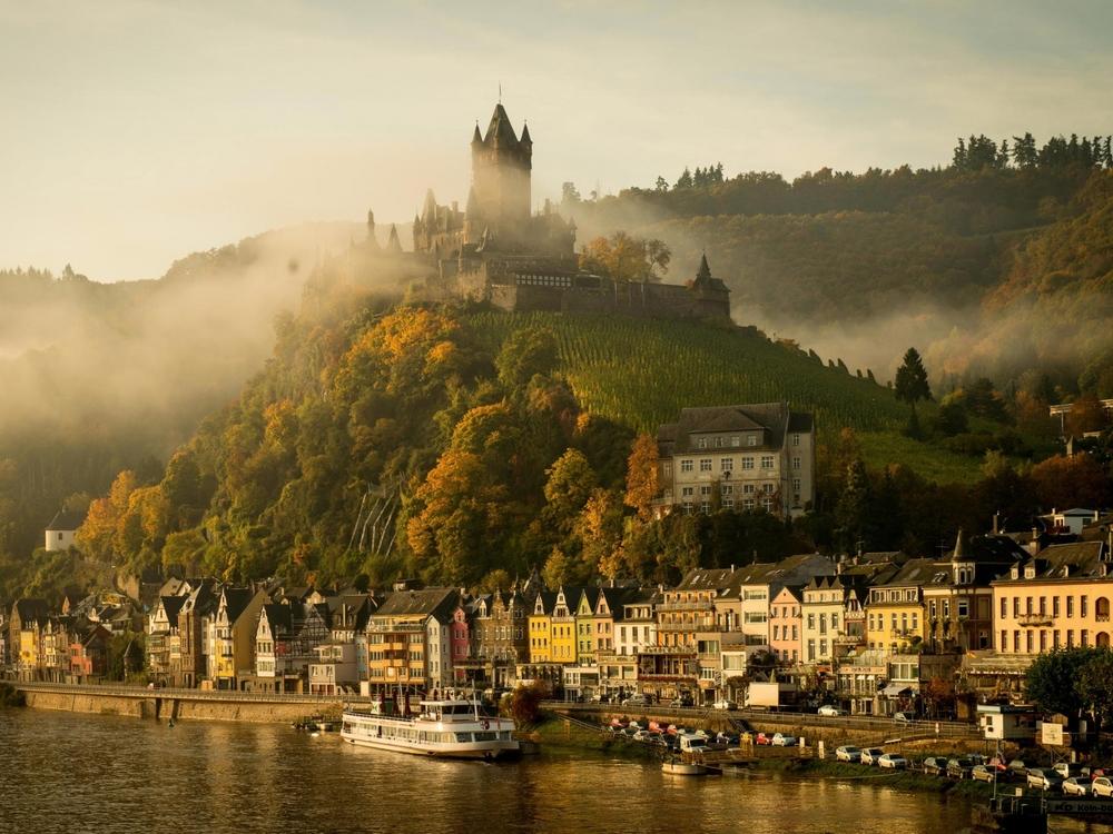 germany_cochem_mosel_river_castle_104431_1600x1200.jpg