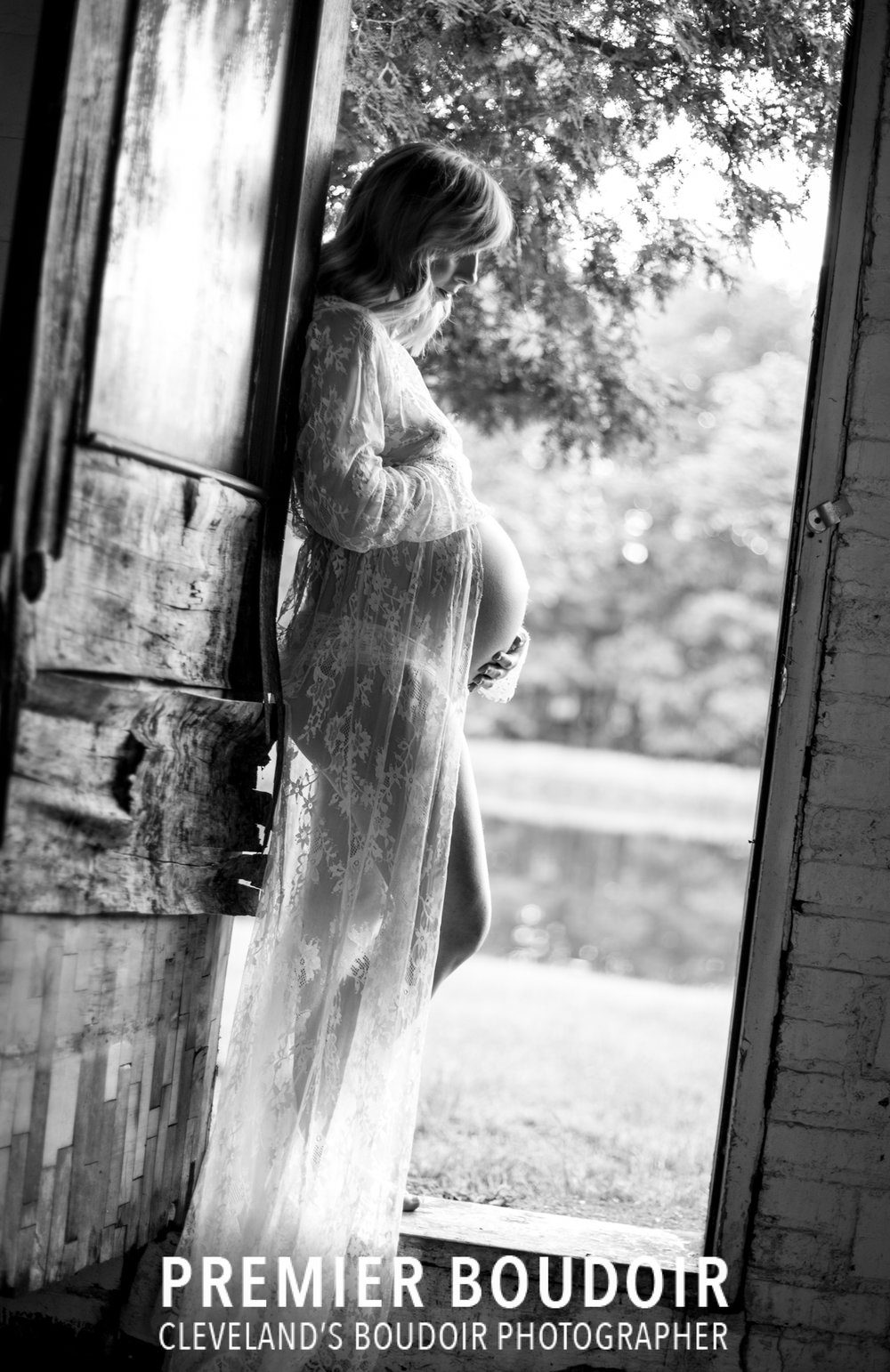 Cleveland + Akron Maternity Boudoir Photographer black and white