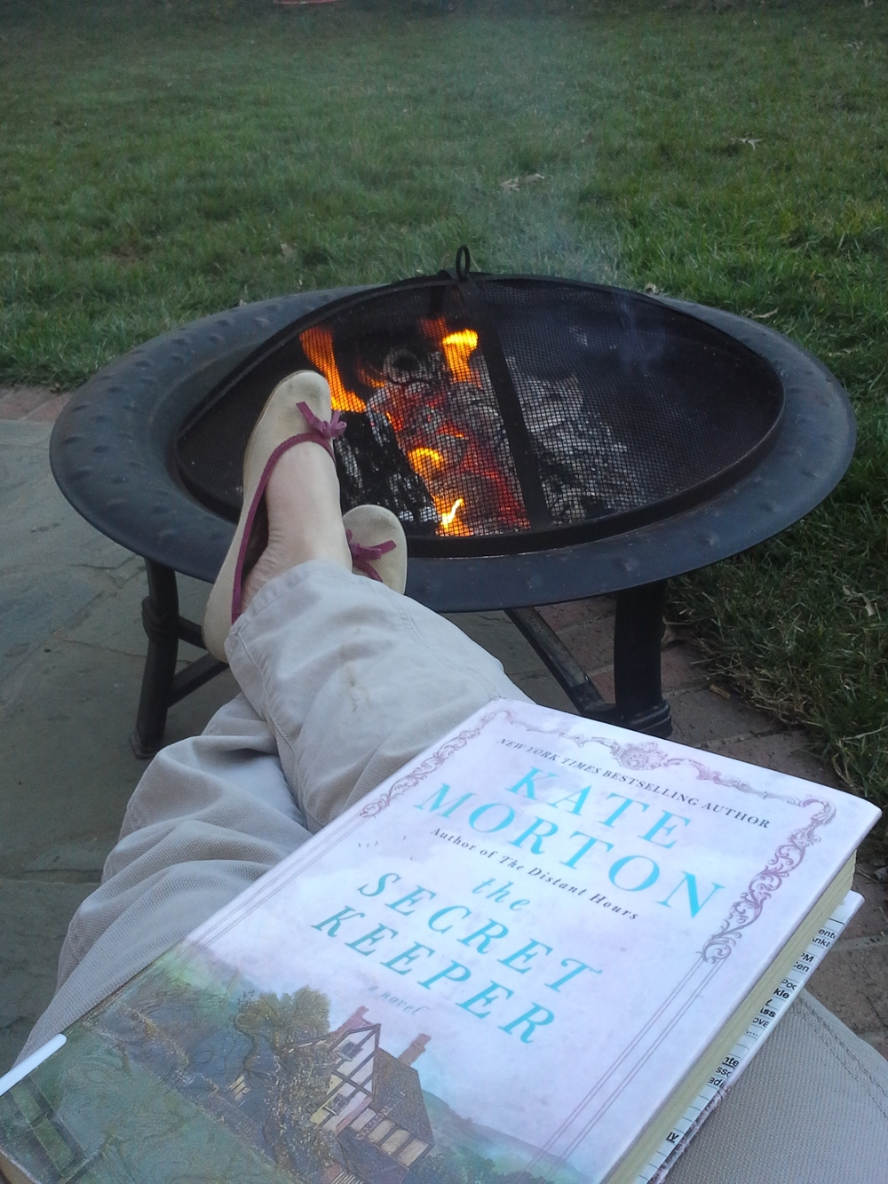 Love to be reading outside again!