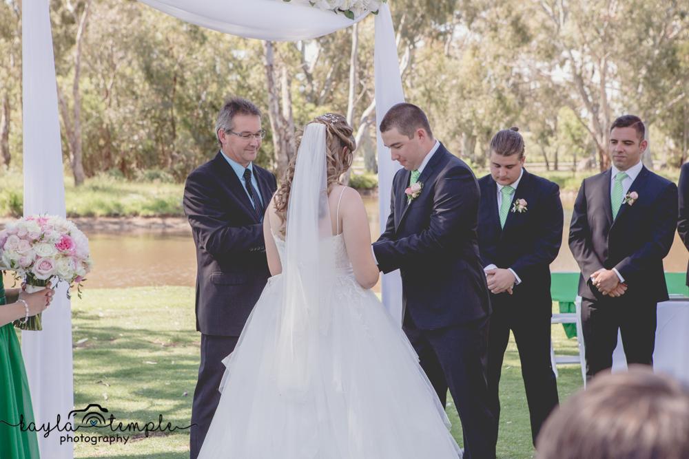 Adelaide_Wedding_Photographer-69.jpg