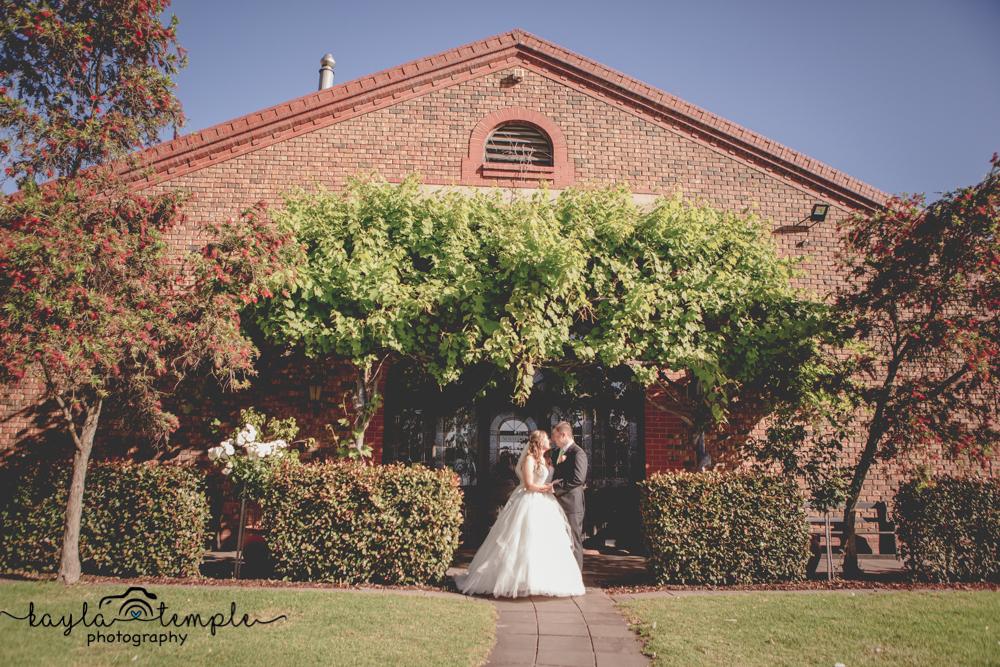 Adelaide_Wedding_Photographer-190.jpg