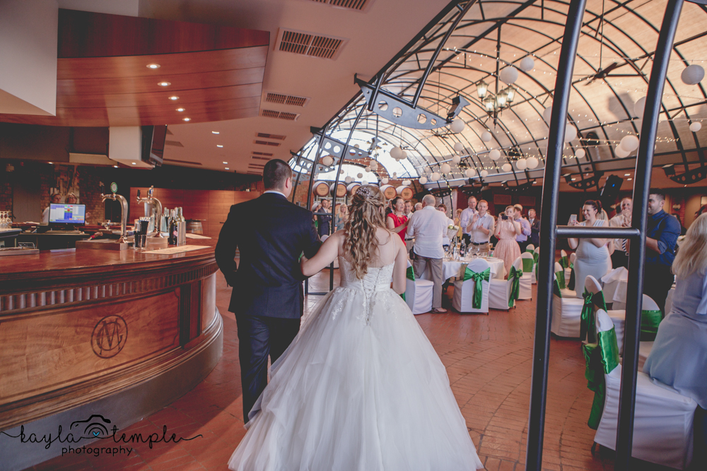 Adelaide_Wedding_Photographer-215.jpg