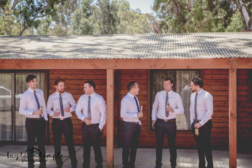 Adelaide Wedding Photographer-10.jpg