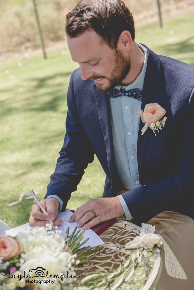 Adelaide Wedding Photographer-83.jpg