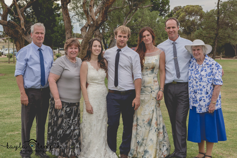 Adelaide Wedding Photographer-159.jpg