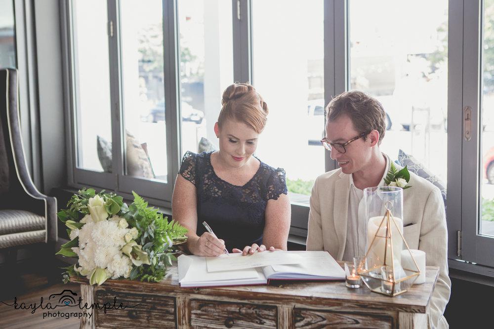 Brisbane Wedding Photographer-136.jpg