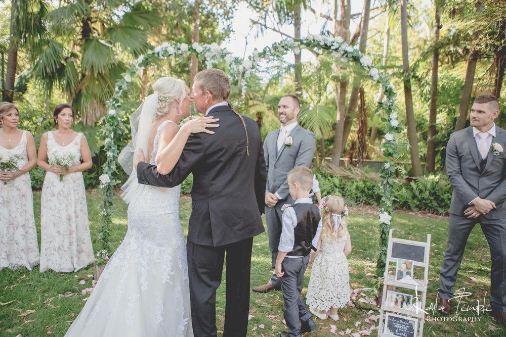 Adelaide_Wedding_Photographer-99.jpg