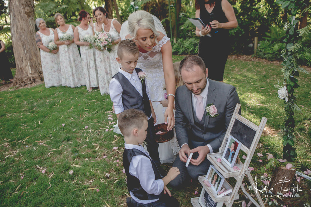 Adelaide_Wedding_Photographer-104.jpg