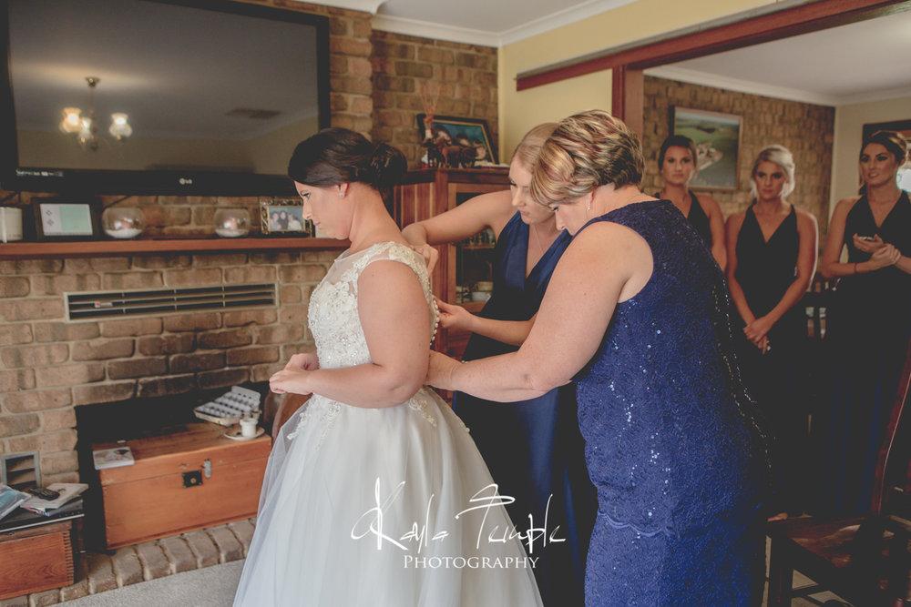 ADELAIDE_Wedding_Photographer-19.jpg