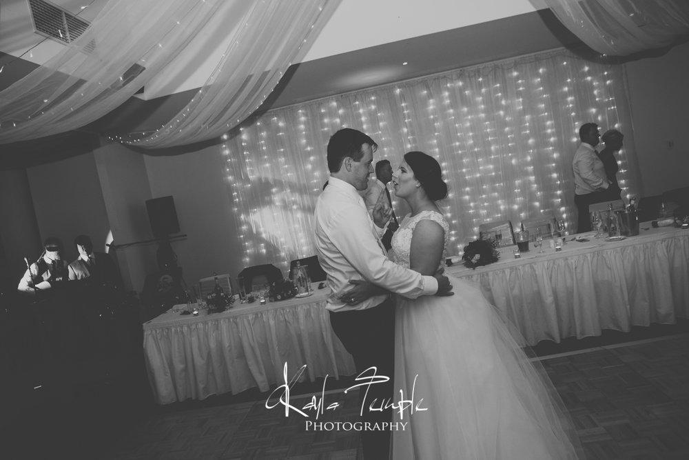 ADELAIDE_Wedding_Photographer-169.jpg