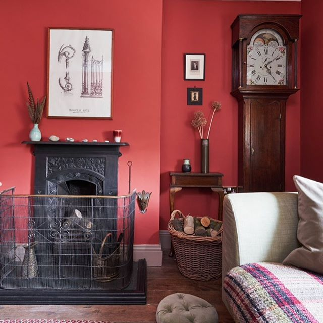 Country cottage fireside #cottage #fireside #homedecor #interiors #cottagestyle #cosy #interiorstyling