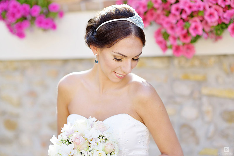 10-how-to-obtain-the-best-results-from-your-wedding-make-up-and-hairstyle-annartstyle-news.jpg