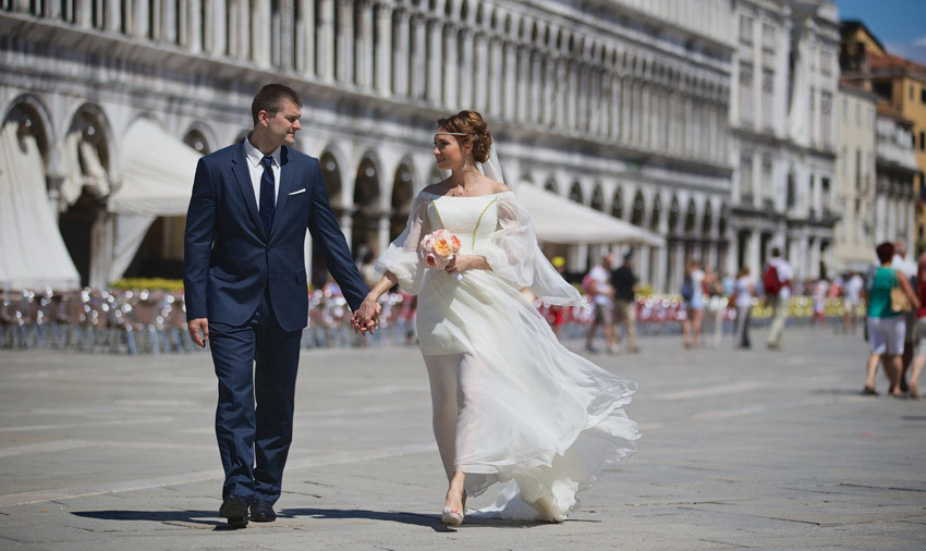 4-russian-destination-wedding-venice-annartstyle-news.jpg