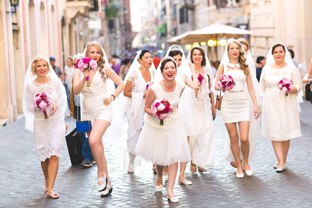 5-hen-party-in-rome-annartstyle-news.jpg