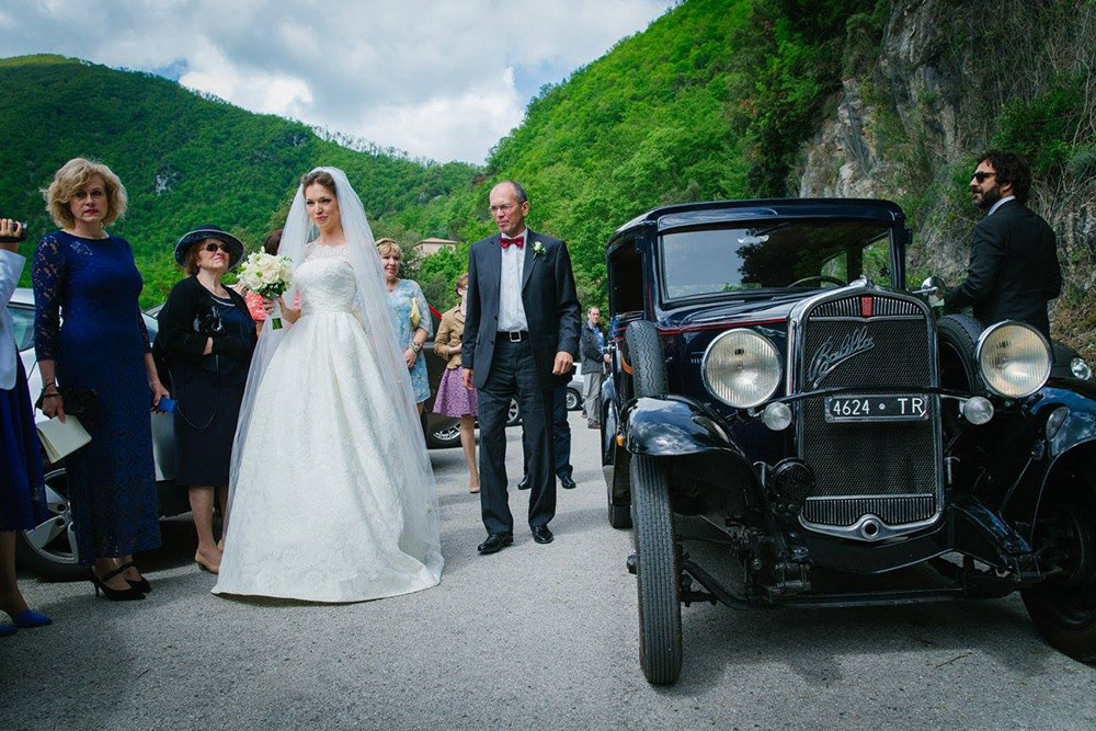 6-russian-italian-destination-wedding-in-terni-umbria-annartstyle-news.jpg
