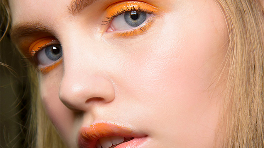 5-tips-to-make-your-make-up-last-all-day-in-summer-annartstyle-news.jpg