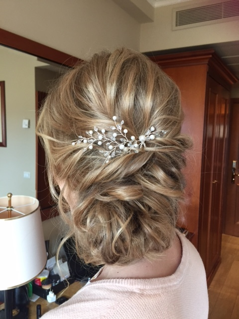 12-bridal-hair-trends-summer-2018-annartstyle-news.JPG