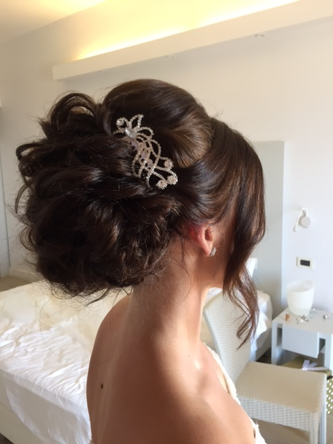 20-bridal-hair-trends-summer-2018-annartstyle-news.JPG