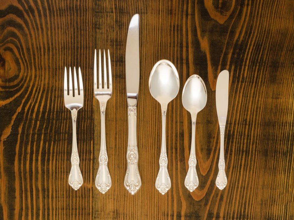 Silver Plate Vanessa