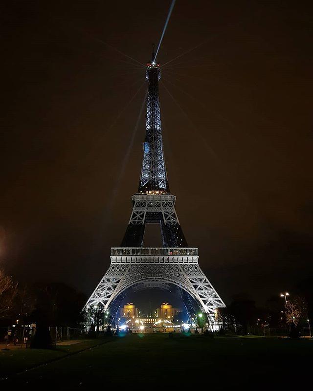 NAU est à Paris jusqu'à ce soir, fermeture du @nauticparis Dernier jour aujourd'hui profitez en ! 😉  Photo : @un_breton_en_balade  #Nau #Nautic #Paris #Salon #boatshow #cata #catamaran #voile #sail #mer #sea #france #boat #bateau #sailing #navigation