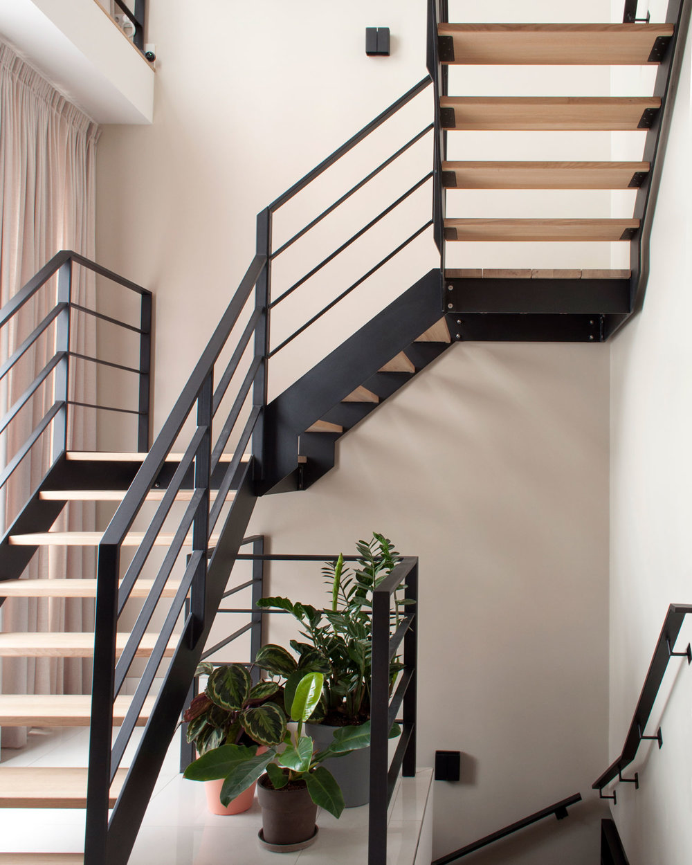 Interior-Design-Staircase-by-Matter-of-Space.jpg