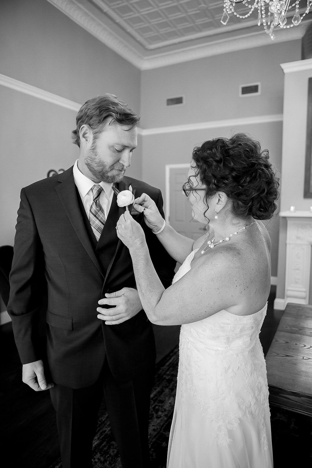 Kathleen & Chris (Sneak Peek)-52-2.jpg