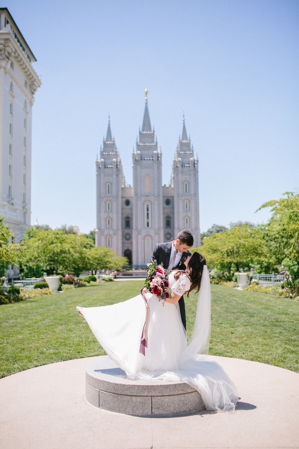 Sandy, Utah Wedding | Jacque Lynn Photography | Michelle Leo Events | Utah Wedding Designer and Event Planner