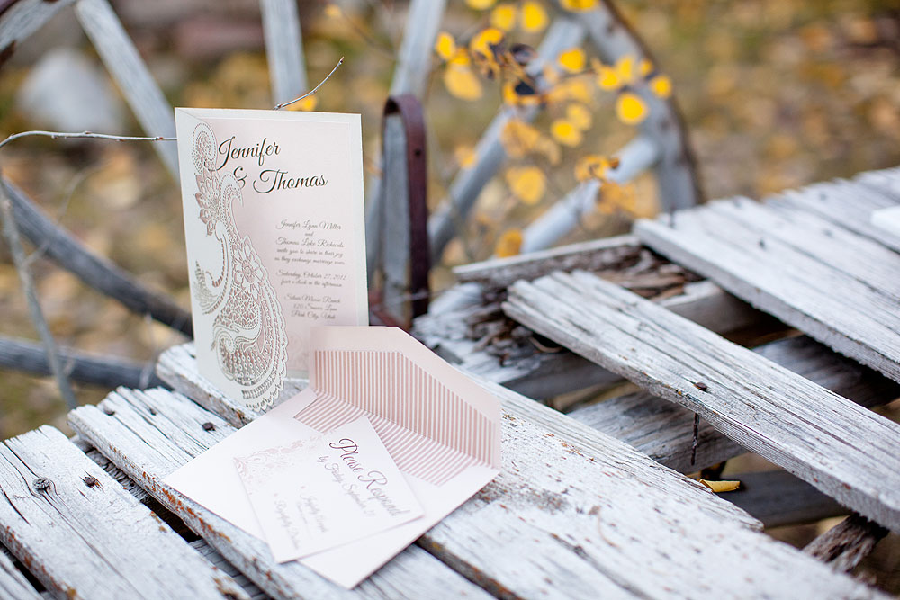 Autumn Ranch Wedding Inspiration | Paisley Wedding Ideas | Michelle Leo Events | Amy Lashelle Photography | Utah Wedding Planning and Design