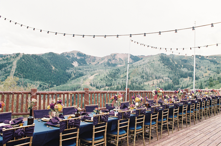 Look Out Cabin in Park City, Utah Wedding | Photographed by Britt Chudleigh | Michelle Leo Events | Park City Utah Wedding Design and Planning