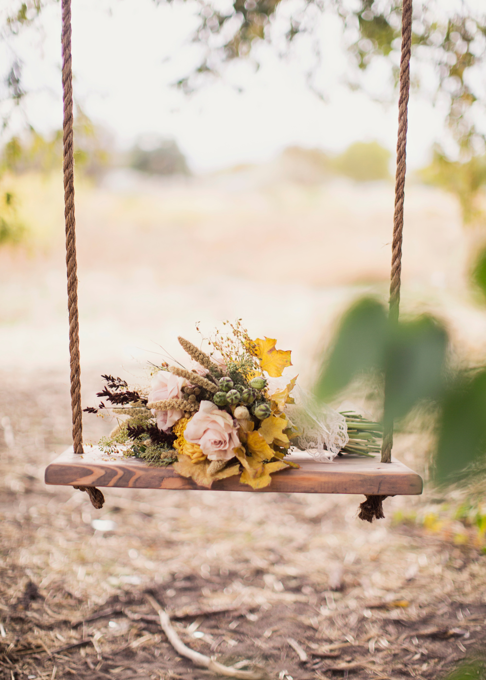 Alixann Loosle Photography | Bohemian Autumn Wedding Inspiration | Michelle Leo Events | Utah Wedding Planning and Design