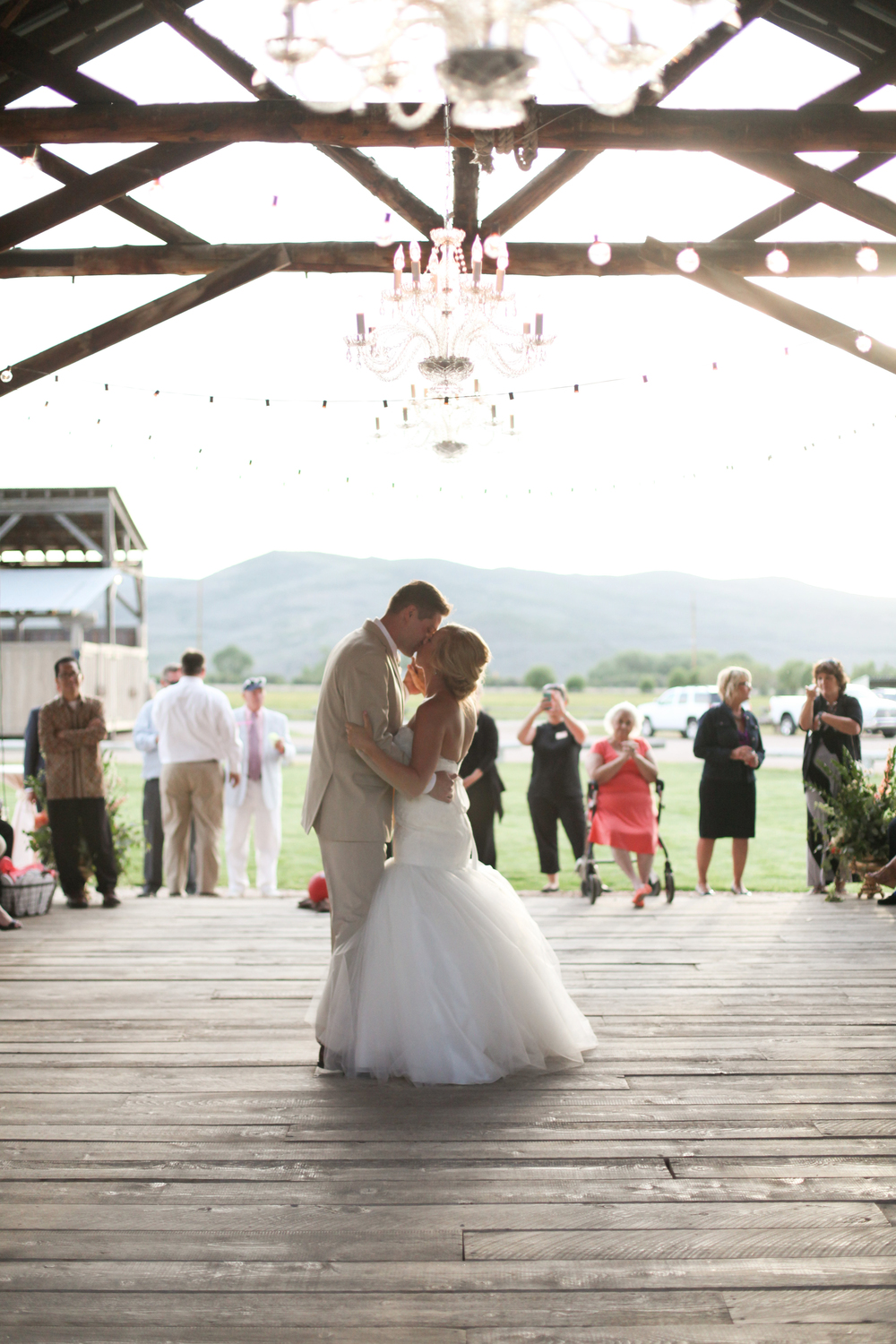 Blush and Gold Rustic High Star Ranch Wedding | Michelle Leo Events | Jacque Lynn Photography