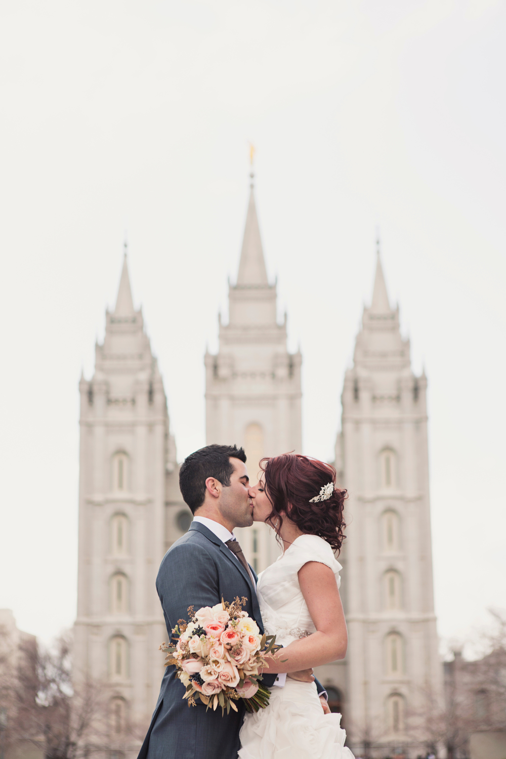 Gallivan Center Wedding | Salt Lake City Temple Wedding Ceremony | Michelle Leo Events | Alixann Loosle Photography