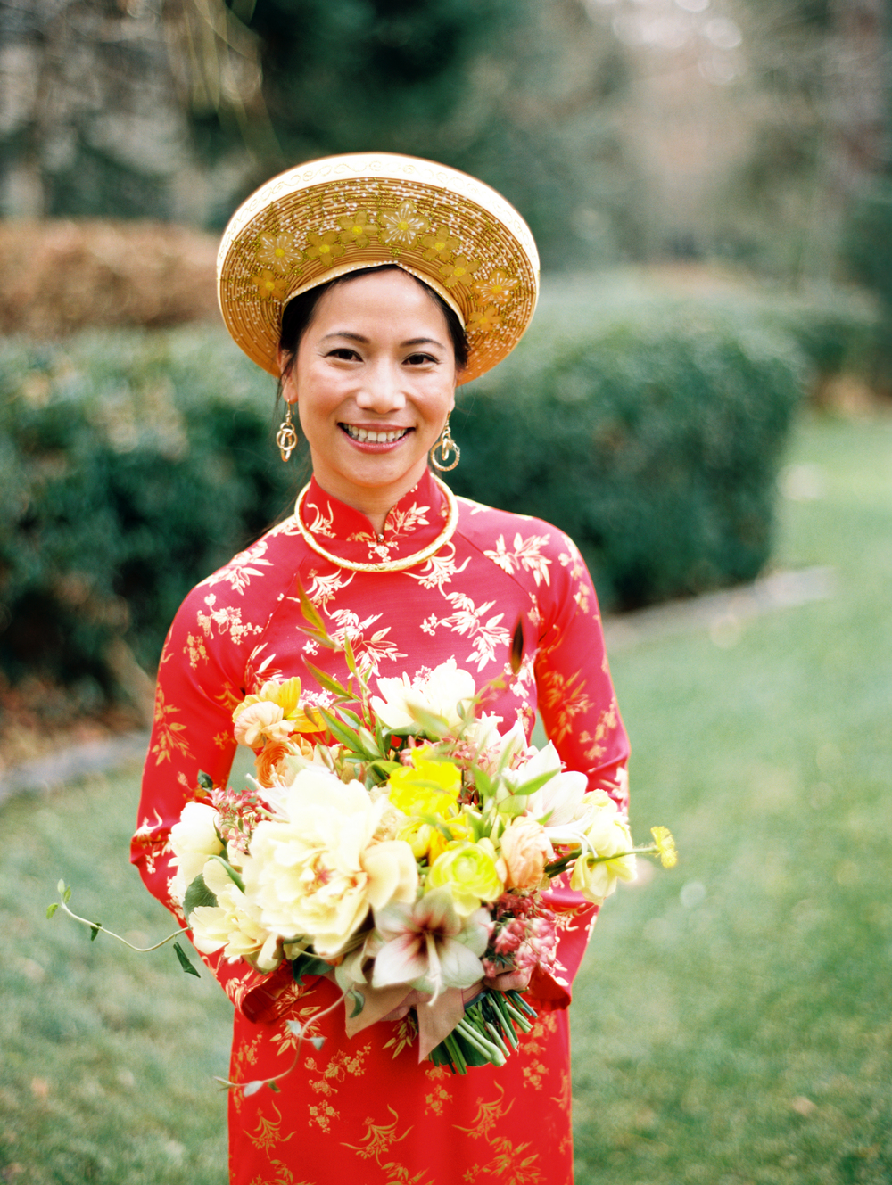 Traditional Vietnamese Tea Ceremony and Organic Backyard Wedding | Michelle Leo Events