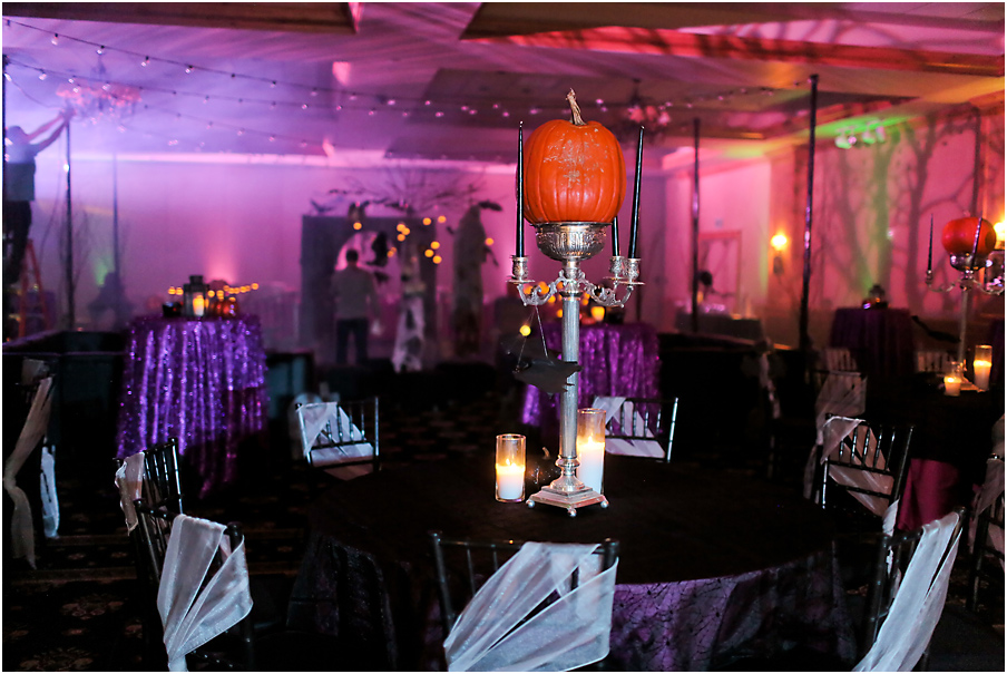 Spooky Chic Halloween Party | Halloween Party Inspiration | Michelle Leo Events | Utah Event Planner and Designer | Pepper Nix Photography