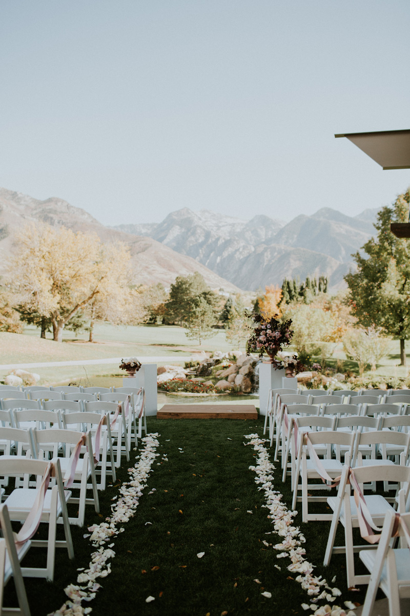 michelleleoevents.com | Utah Wedding Planner | Willow Creek Country Club Weddings | Michelle Leo Events | Jessica Jane Photography _ (20).jpg