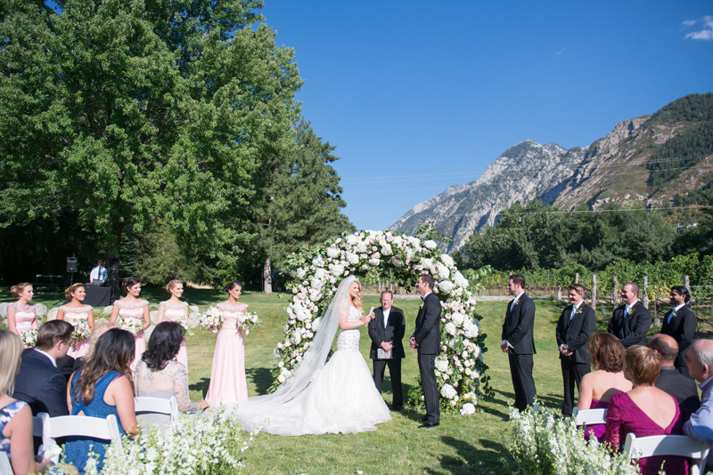 michelleleoevents.com | Utah Wedding Planner | La Caille Weddings | Michelle Leo Events | McKenzie Deakins Photography _ (9).jpg